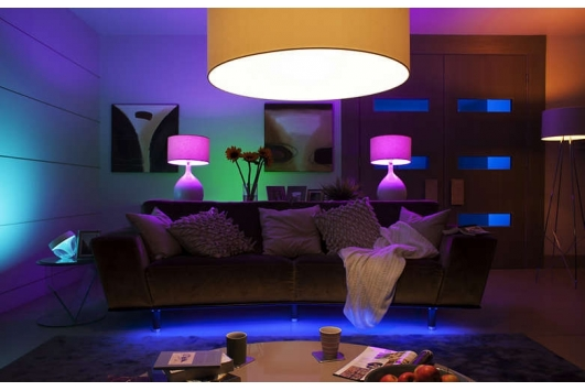 Bec LED Philips Hue 6W E14 B39 White and Color Ambiance